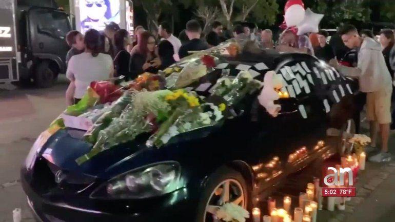 Familiares y amigos le dan el último adiós a Frank Ordóñez, el joven chofer de UPS que murió en la balacera