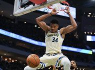 bucks superan a magic; hilvanan 15ta victoria