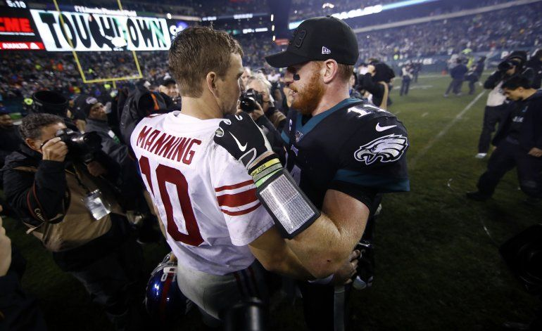 Eagles remontan frente a Manning y superan a Giants