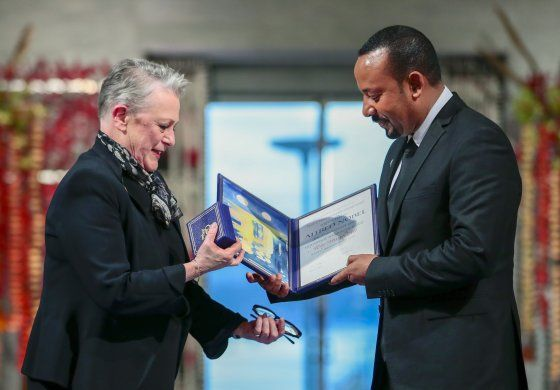 """Nobel de la Paz: """"infierno"""" de guerra alentó su deseo de paz"""