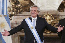 el peronista alberto fernandez es desde este martes el presidente de argentina