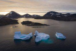 habitats y culturas articas bajo riesgo a causa del deshielo