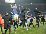 atalanta avanza a octavos en su primera champions
