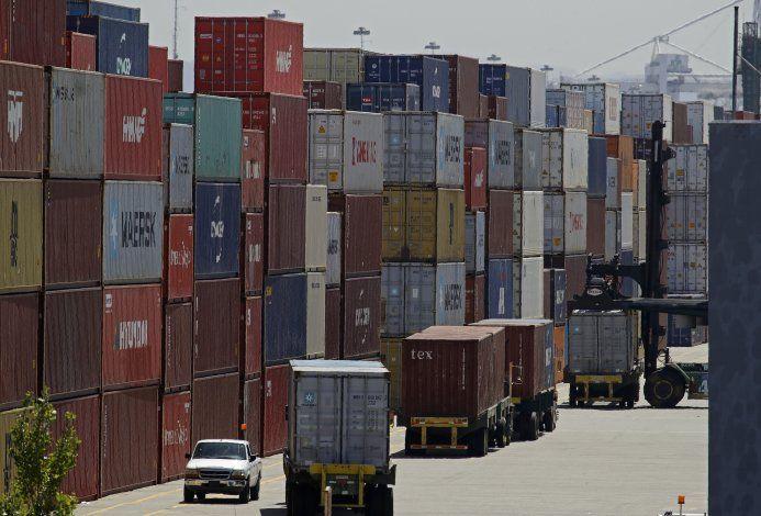 Trump dice que EEUU y China alcanzaron acuerdo comercial