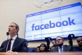 caen acciones de facebook por reportes de medida contra apps