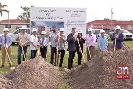 este viernes dio inicio la construccion de un edificio que pronto se convertira en el hogar de 83 familias de hialeah
