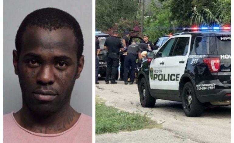 El reggeatonero cubano Chocolate MC es arrestado en Texas y entregado a las autoridades migratorias