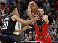 lavine logra 31 puntos; bulls remontan ante clippers