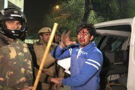 ley etnica provoca protestas en la india