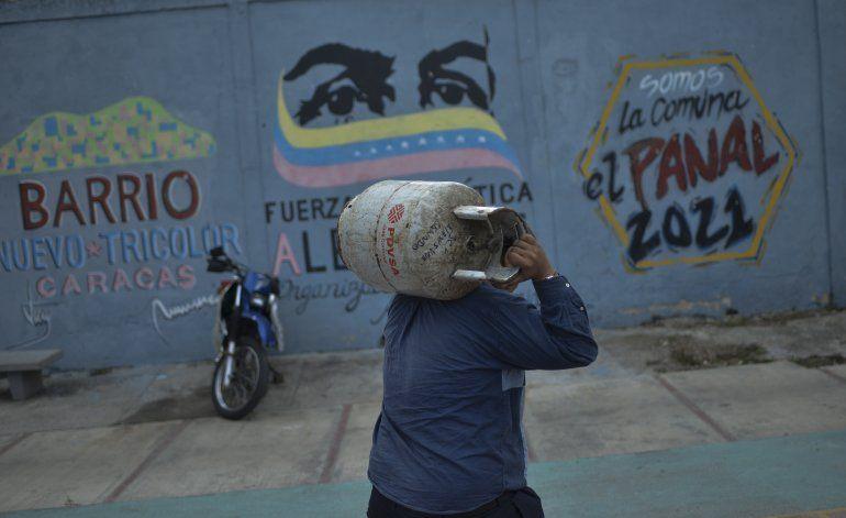 Líder opositor Guaidó recupera terreno en Venezuela