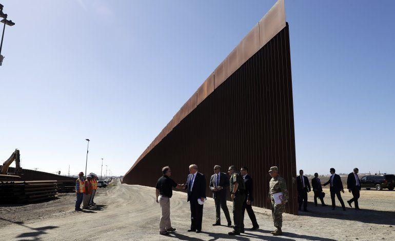 EEUU: Gobierno sopesa reasignar más fondos a muro fronterizo