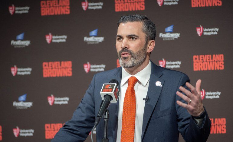 Stefanski enfrentará desafío como entrenador de Browns