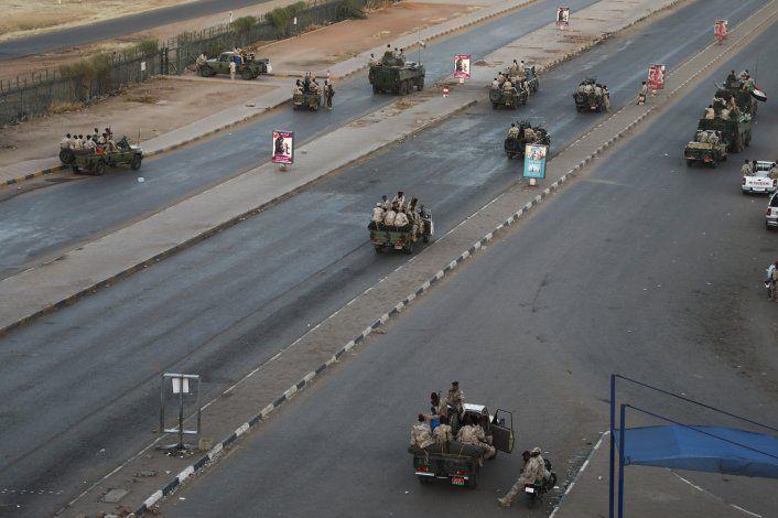 Sudán reabre su espacio aéreo tras un motín militar