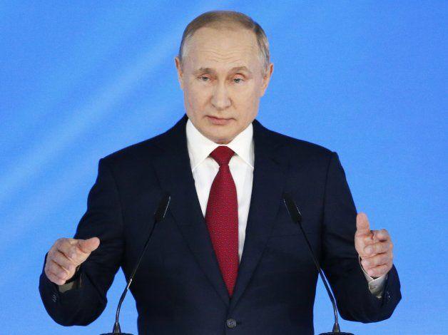 Putin propone reforzar el poder del Parlamento y el gobierno