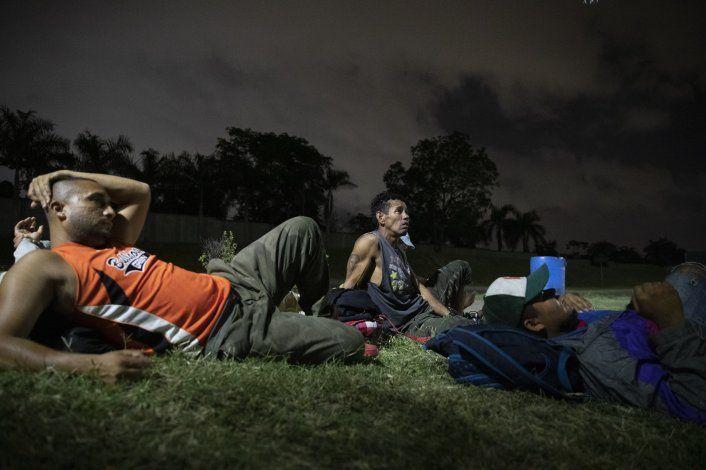 AP Explica: EEUU envía solicitantes de asilo a Centroamérica
