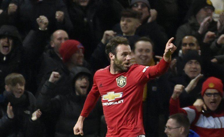 Copa FA: Man United vence 1-0 pero Rashford sale lesionado