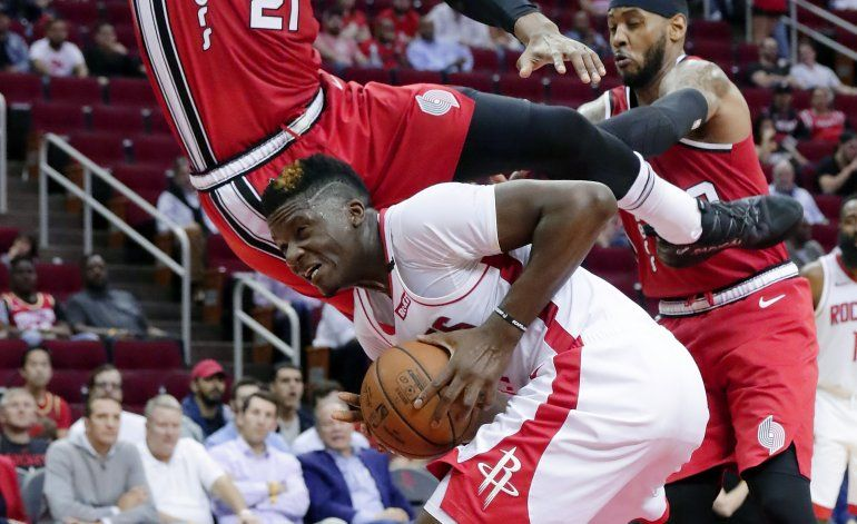Lillard suma 25 puntos; Blazers vencen a Rockets