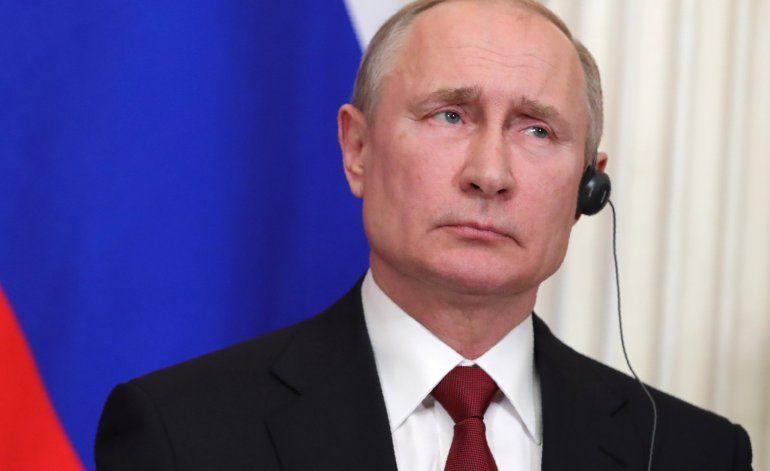 Putin acelera cambios que podrían mantenerlo en el poder