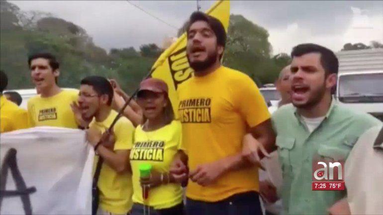 Falso militante de Primero Justicia confiesa que le pagaron para protestar frente al  TSJ