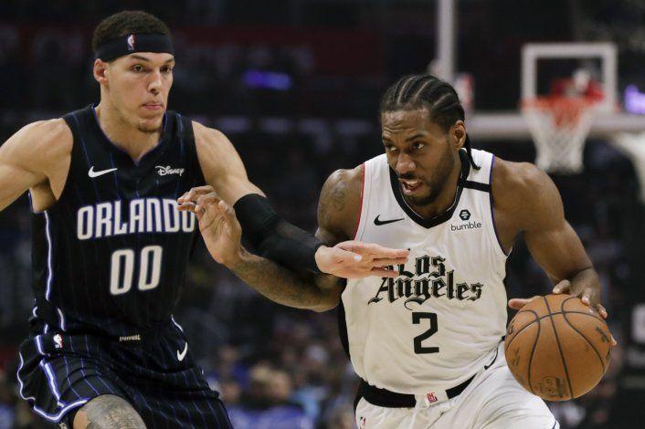 Clippers vencen al Magic 122-95 con 32 puntos de Leonard