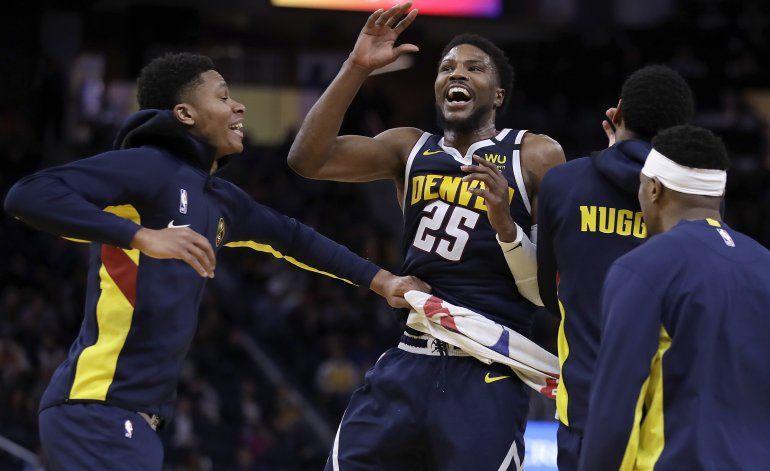 Nuggets vencen a Warriors en el tiempo extra 134-131