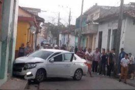 persecucion policial en s. spiritus provoca aparatoso accidente