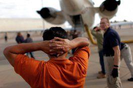 estados unidos inicio procesos de deportacion a mas de 25 mil cubanos en 2019