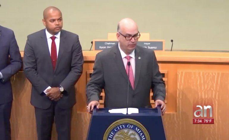 Tras su renuncia, Comisión de Miami abrirá investigación contra Emilio González