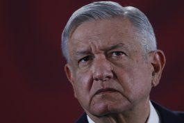 ¿amlo usa politicamente los programas sociales en mexico?
