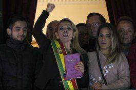 bolivia: anez promulga ley de ampliacion a su mandato