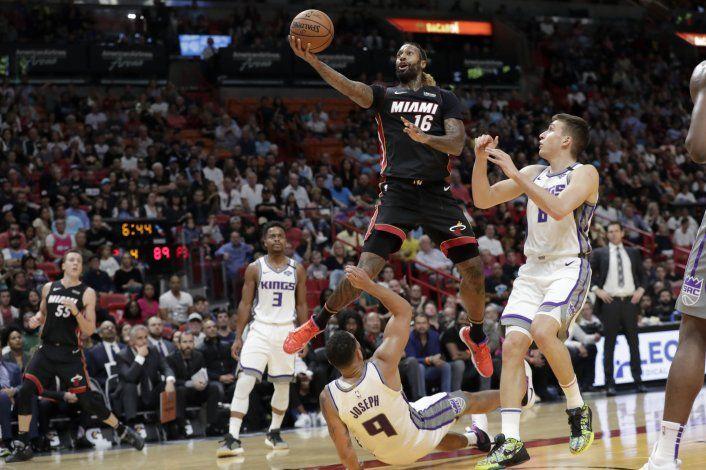 Heat remonta y vence a Kings en prórroga
