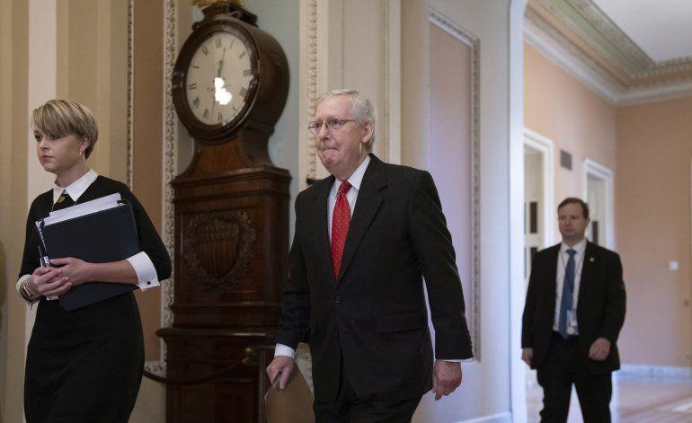 McConnell cambia abruptamente límites de juicio político