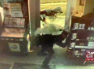 ladrones roban mas de $7 mil  en una licoreria de miami