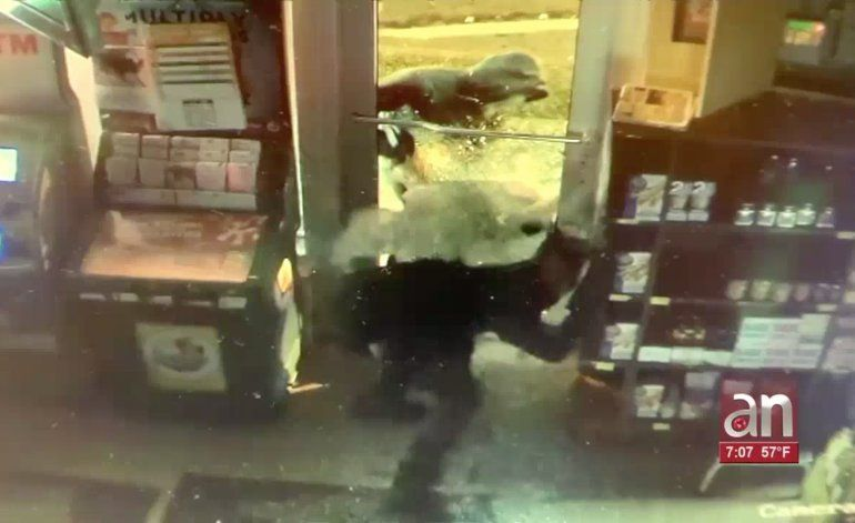 Ladrones roban más de $7 mil  en una licorería de Miami