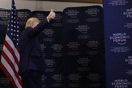trump critica a democratas por juicio politico en su contra