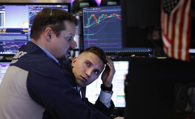 Wall Street cierra con poca variación