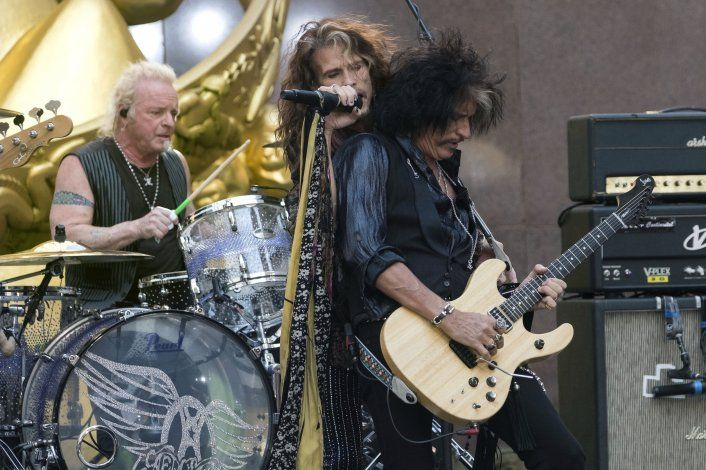 Baterista de Aerosmith demanda para unirse a banda en Grammy