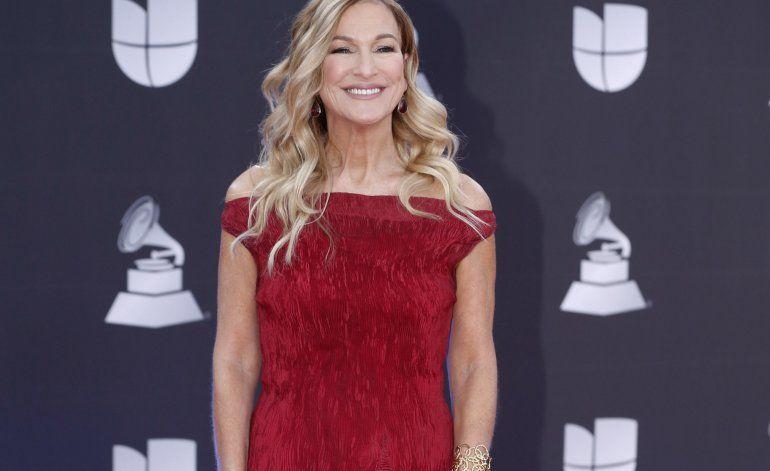 Expresidente del Grammy dice alegato de violación es falso