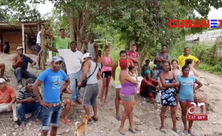 Régimen amenaza con desalojar de terrenos en La Habana a un centenar de familias del oriente de Cuba