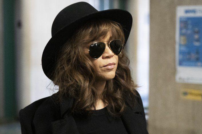 Rosie Pérez dice que se enteró de violación de Weinstein