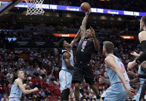 Primer triple-doble de Leonard impulsa a Clippers ante Heat