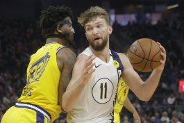 warren anota 33 y pacers derrotan a warriors 129-118