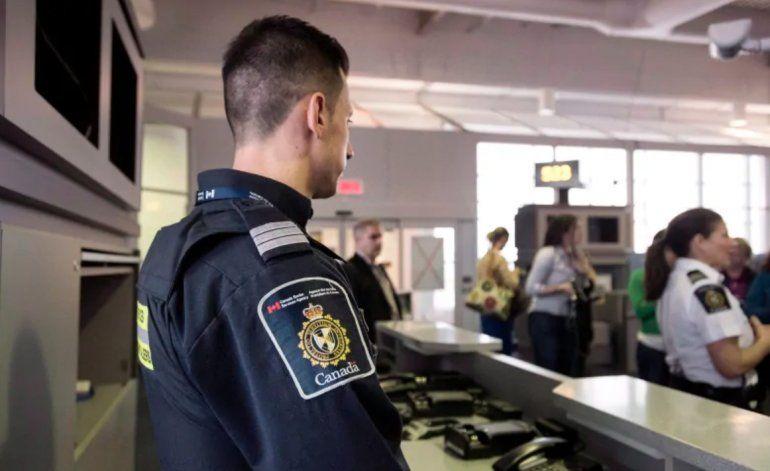 Canadá arresta a un viajero procedente de Cuba por llevar pornografía infantil en sus teléfonos