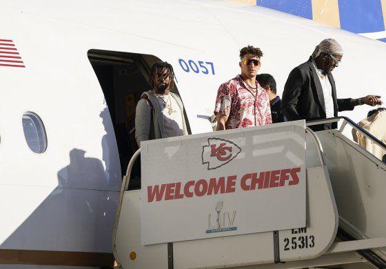 Chiefs llegan a Miami para la semana del Super Bowl