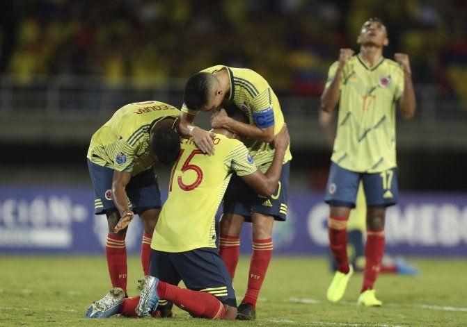 Argentina gana y avanza a la siguiente fase de Preolímpico