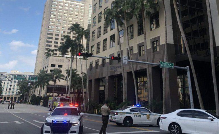 Edificios evacuados en el Downtown Miami, posiblemente conectados a un terremoto cerca de Cuba