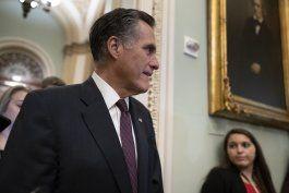 romney puede afianzar influencia en juicio politico de trump