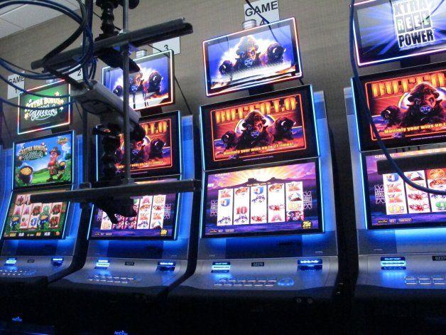 Casino presenta tragamonedas controladas por internet