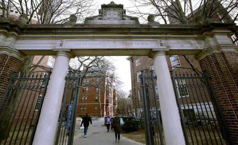 EEUU investiga obsequios de extranjeros a universidades