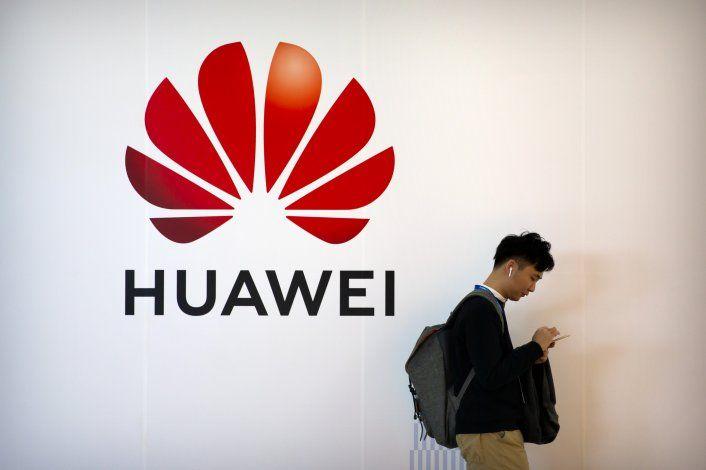 EEUU presenta más cargos contra tecnológica china Huawei